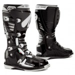 Forma Predator batai juodi